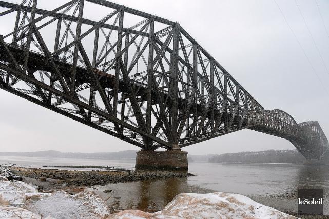 Transports Québec explique que l'accumulation d'une neige très... (Photothèque Le Soleil, Erick Labbé)