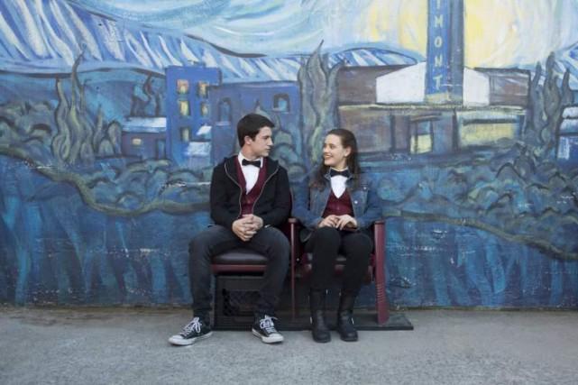 Dylan Minnette etKatherine Langford dans13Reasons Why... (PHOTO FOURNIE PAR NETFLIX)