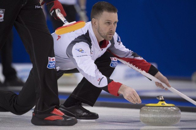 Le skip de l'équipe canadienne de curling, Brad... (Photo Jonathan Hayward, PC)
