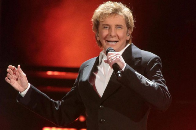 La légende pop Barry Manilow a pour la... (photo owen sweeney, archives associated press)