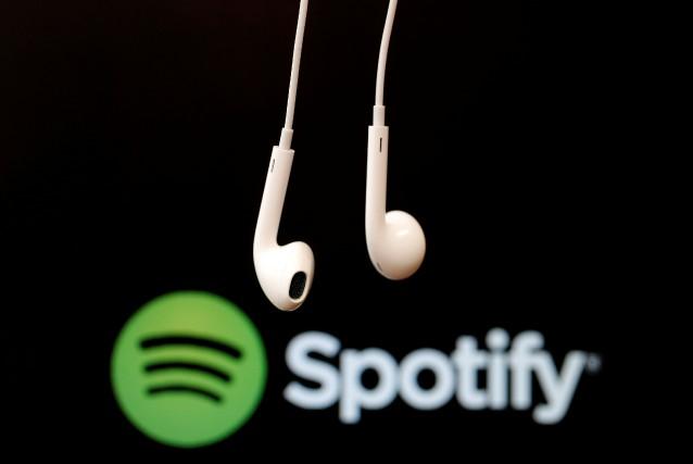 «Spotify envisage sérieusement une cotation directe, dans laquelle... (REUTERS)