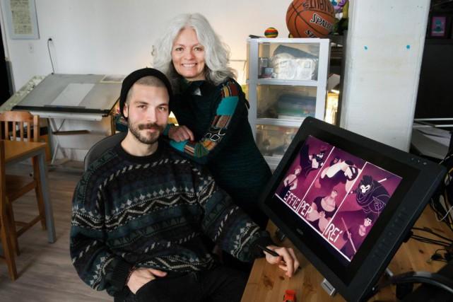 Sonia Sarfati et son fils Lou Victor Karnas... (PHOTO ROBERT SKINNER, LA PRESSE)