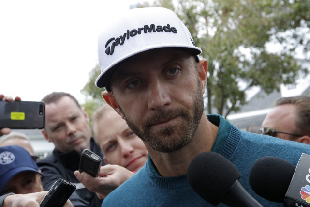 Dustin Johnson s'est infligé une blessure au dos,... (Photo Mike Segar, Reuters)