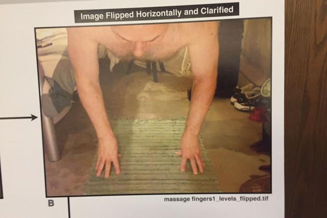Des images déposées en preuve montrent Ian Bush... (Documents fournis par la cour)