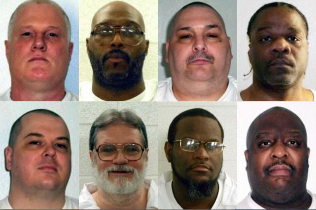Un groupe de huit prisonniers était censé être...