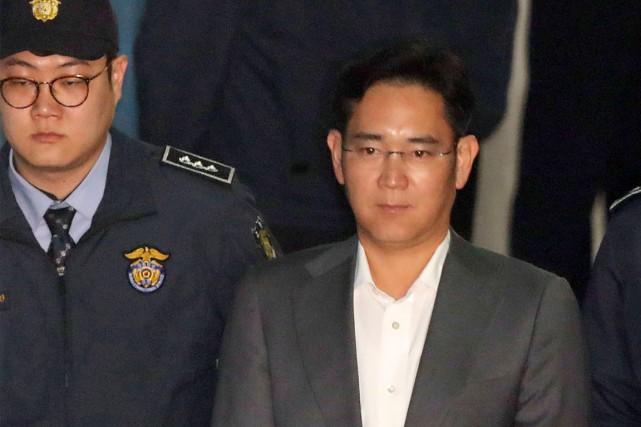 Lee Jae-Yong, le fils du président de Samsunget... (PHOTO AFP/YONHAP)