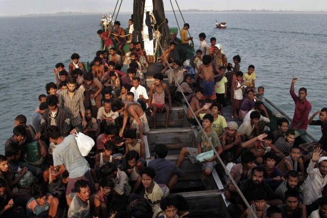Le bateau qui transportait 80 passagers, selon un... (Photo archives AP)