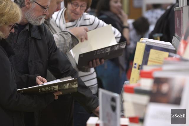 «Les livres papier représentent encore 95% des ventes... (Le Soleil, Yan Doublet)