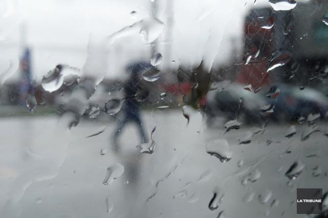 En raison dela pluie soutenue des derniers jours... (Archives La Tribune, René Marquis)