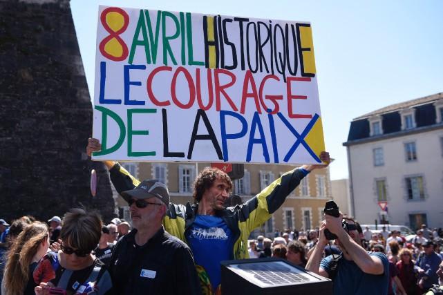 Un «grand rassemblement populaire» a eu lieu samedi... (PHOTO ANDER GILLENEA, AFP)