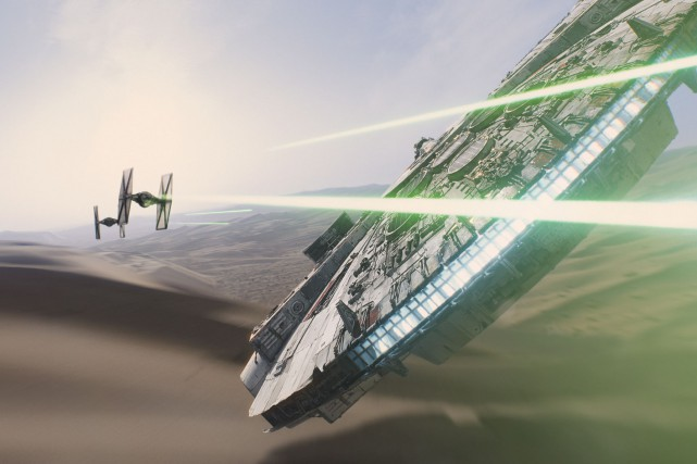 Le sabre laser des chevaliers Jedi relève encore... (Fournie par Disney)