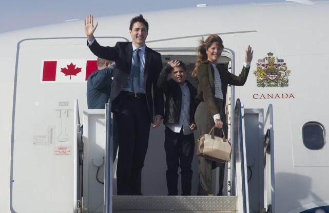 Justin Trudeau, Sophie Gregoire Trudeau et leur fils... (Photo Adrian Wyld, la presse canadienne)
