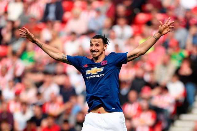 Zlatan Ibrahimovic a marqué son 28e but de la saison... (Photo Scott Heppell, ASSOCIATED PRESS)