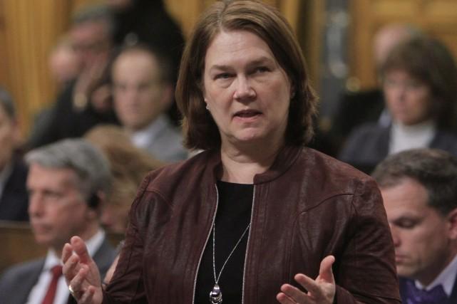 La ministre fédérale de la Santé, Jane Philpotta... (Photo Fred Chartrand, La Presse Canadienne)