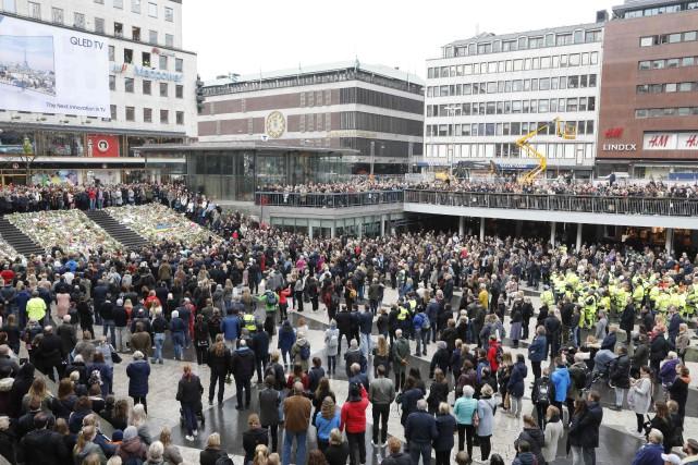 Une cérémonie solennelle s'est tenue à midi (6h00,... (PHOTO AFP)