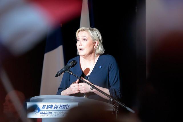 Marine Le Pen... (PHOTO PASCAL POCHARD-CASABIANCA, ARCHIVES AFP)