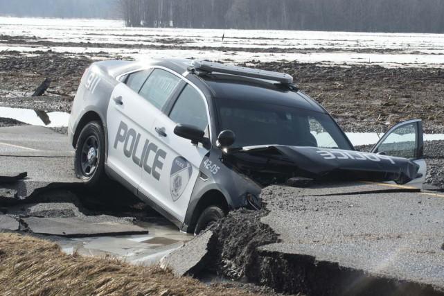 Un véhicule de la police de Wôlinak s'est... (Sylvain Mayer)