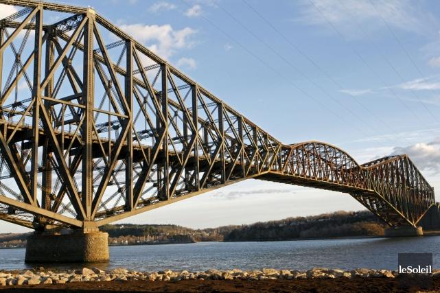 Le pont de Québec est solide et les... (Photothèque Le Soleil)