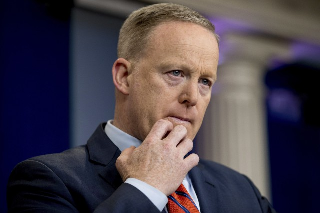 Sean Spicer... (PHOTO AP)