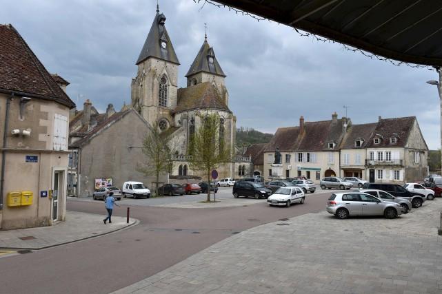 Le village de Varzy incarne les difficultés d'une... (AFP, Thierry Zoccolan)