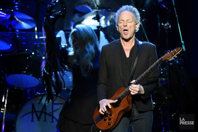 Lindsey Buckingham lors d'une performance de Fleetwood Mac au... (Archives La Presse)