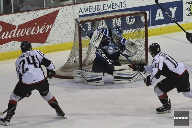 Jean-Christophe Beaudin a brisé la glace avec l'aide... (Photo Le Quotidien, Michel Tremblay)