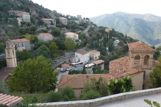 La beauté des villages corses aux routes sinueuses,... (Photo Pierre Gingras, collaboration spéciale)