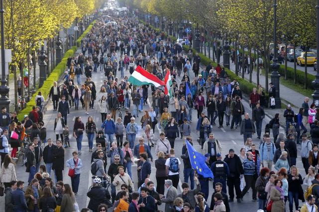 La réforme hongroise sur l'éducation supérieure semble viser... (PHOTO REUTERS)