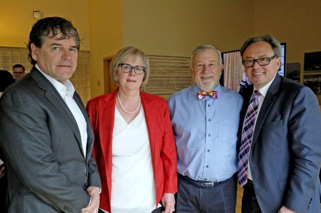 Le président de Brigil, Gilles Desjardins, la fondatrice... (Patrick Woodbury, Le Droit)