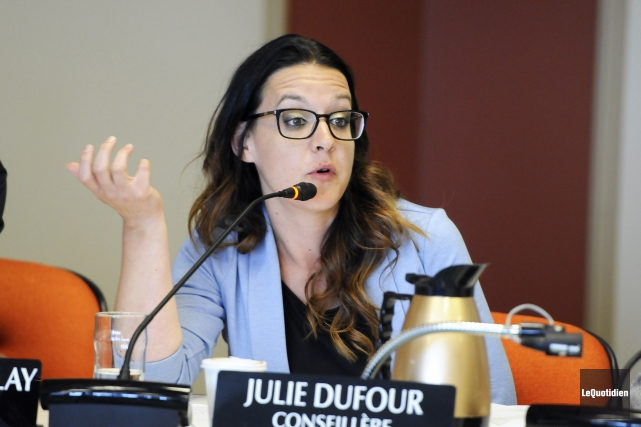 Julie Dufour... (Archives le quotidien, Mariane L. St-Gelais)