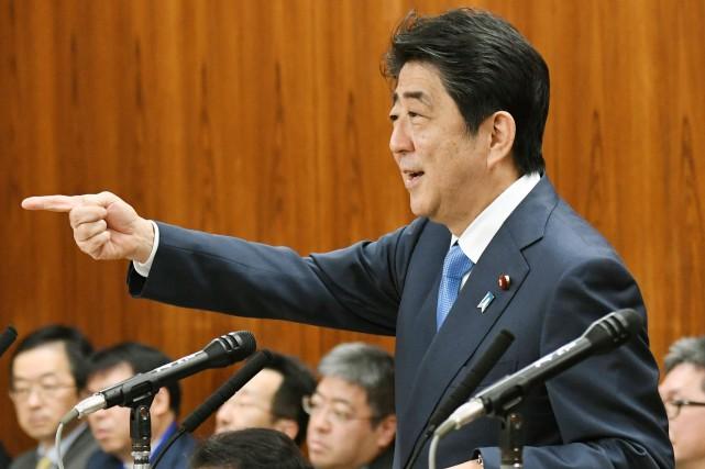 Le premier ministre japonais Shinzo Abe.... (AP)