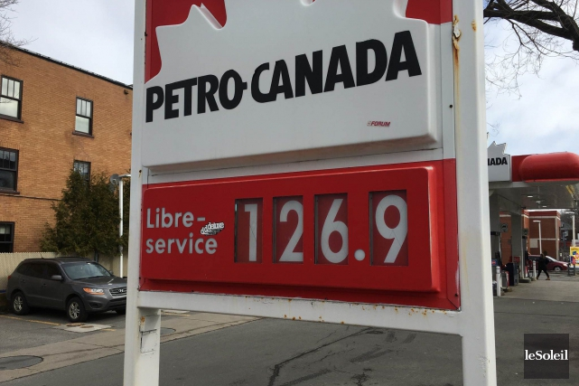 On payait jusqu'à 126,9 ¢ le litre jeudi... (Le Soleil, Patrice Laroche)