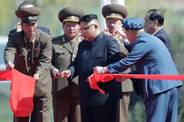 Kim Jong-un a inauguré en grande pompe jeudi... (PHOTO AP)