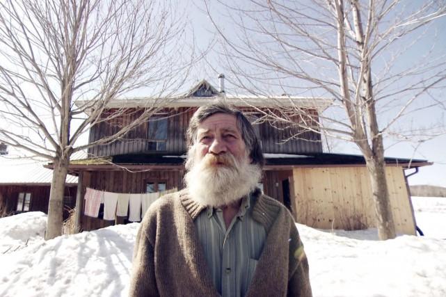 Jacob Lehmann, chez lui à Hébertville... (Courtoisie Télé-Québec Saguenay-Lac-Saint-Jean)