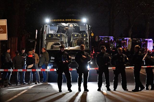 Trois engins ont explosé mardi au passage de... (Photo Martin Meissner, ASSOCIATED PRESS)