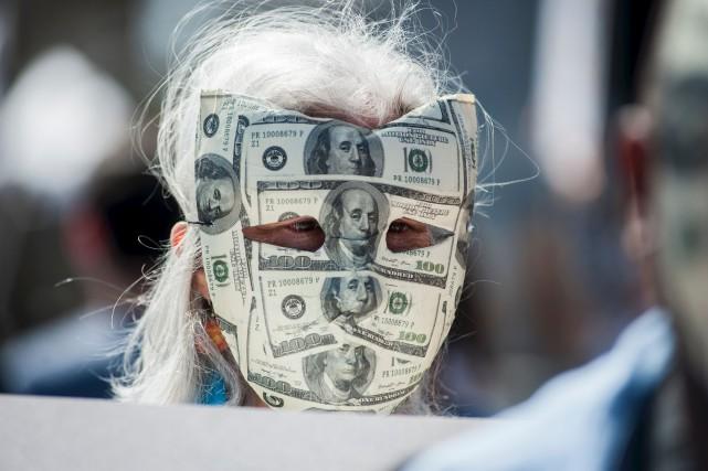 Une manifestante à Cambridge, au Massachusetts... (AFP, Ryan McBride)