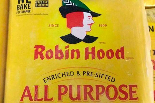 Quinze produits de marque Robin Hood et un... (FOURNIE PAR L'ACIA)