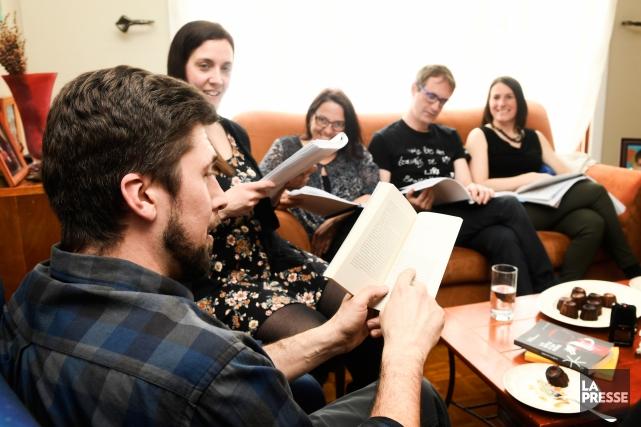 David Goudreault et le club de lecture à... (Photo Bernard Brault, La Presse)