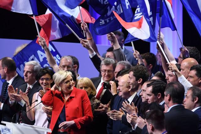 Marine Le Pen a prononcé lundi soir un... (PHOTO AFP)