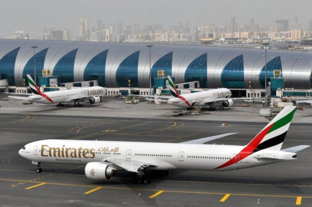 Un avion d'Emirates... (Photo Adam Schreck, Archives Associated Press)