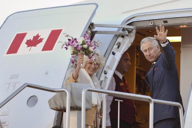 Le prince Charles et sa femme Camilla avaient... (La Presse Canadienne, Paul Chiasson)