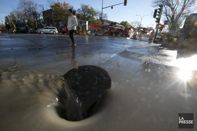 Aux prises avec des infrastructures vieillissantes, la Ville... (Photo François Roy, archives La Presse)