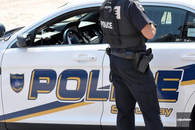 Les policiers de Saguenay ont arrêté trois personnes... (Photo archives Le Quotidien)