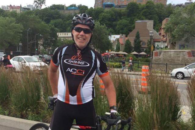 Pierre Gagnon lors d'une sortie en vélo à... (Fournie par Pierre Gagnon)