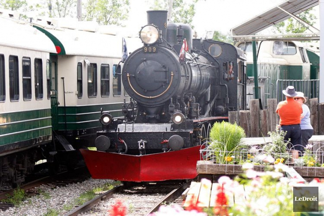 «La voie ferrée fait partie du paysage depuis... (Étienne Ranger, Archives LeDroit)