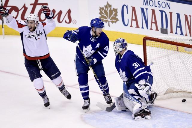 Les Caps ont marqué deux fois dans les... (La Presse canadienne)