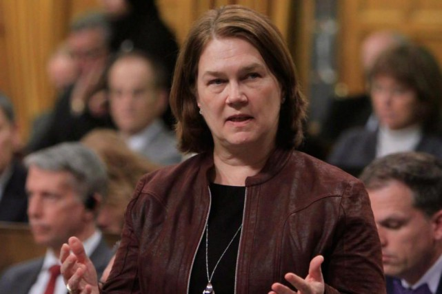 La ministre fédérale de la Santé, Jane Philpott... (Photo Fred Chartrand, archives La Presse Canadienne)