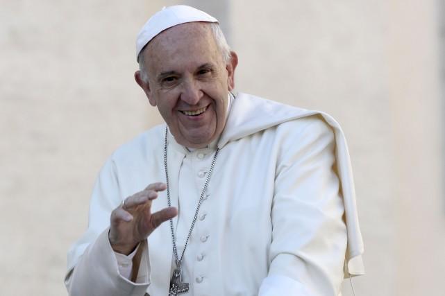 Le pape François... (Photo AP)