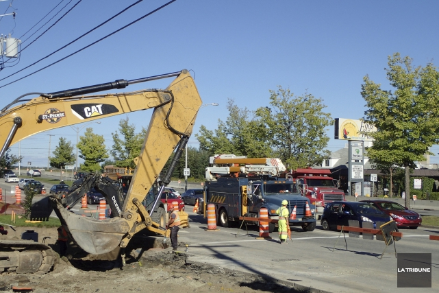 La poursuite des travaux de reconstruction de la... (Archives, La Tribune)