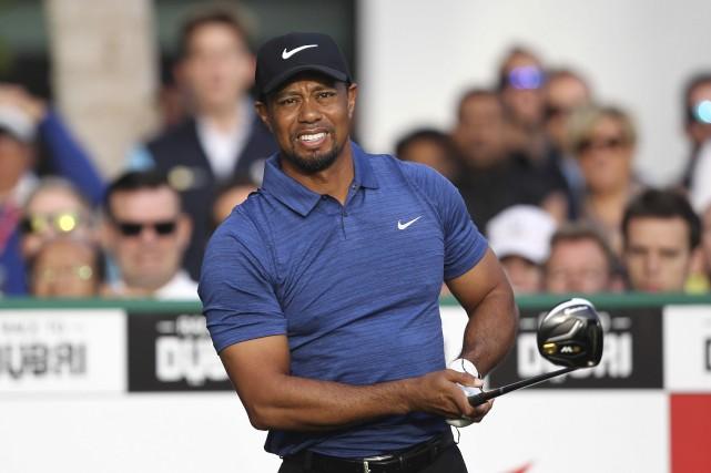 Tiger Woods n'a plus disputé de compétition depuis... (AFP, Nezar Balout)